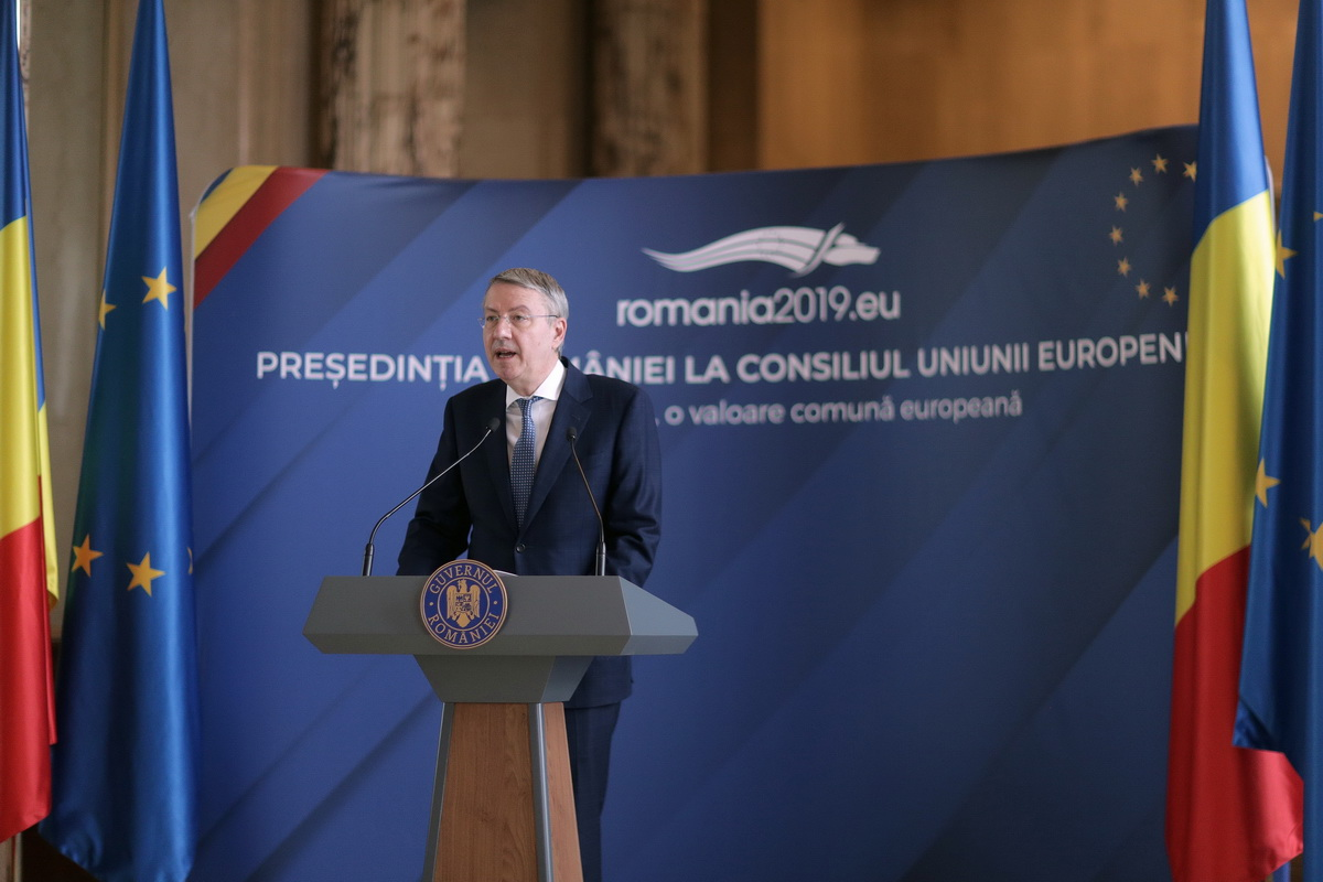 Press conference by the Romanian Minister Delegate for European Affairs, George Ciamba