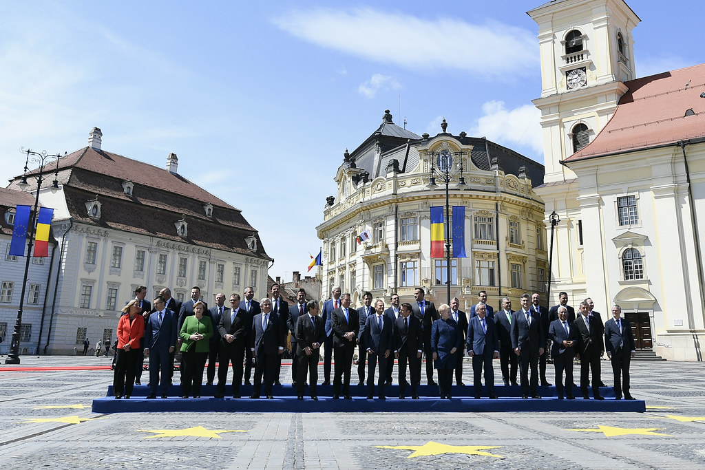 Sibiu Summit, family photo and working lunch